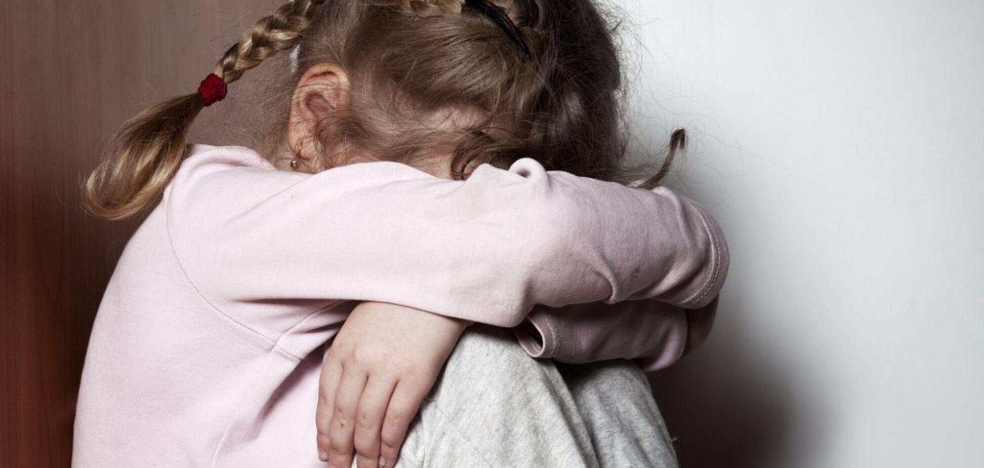Под Запорожьем зверски изнасиловали 6-летнего ребенка