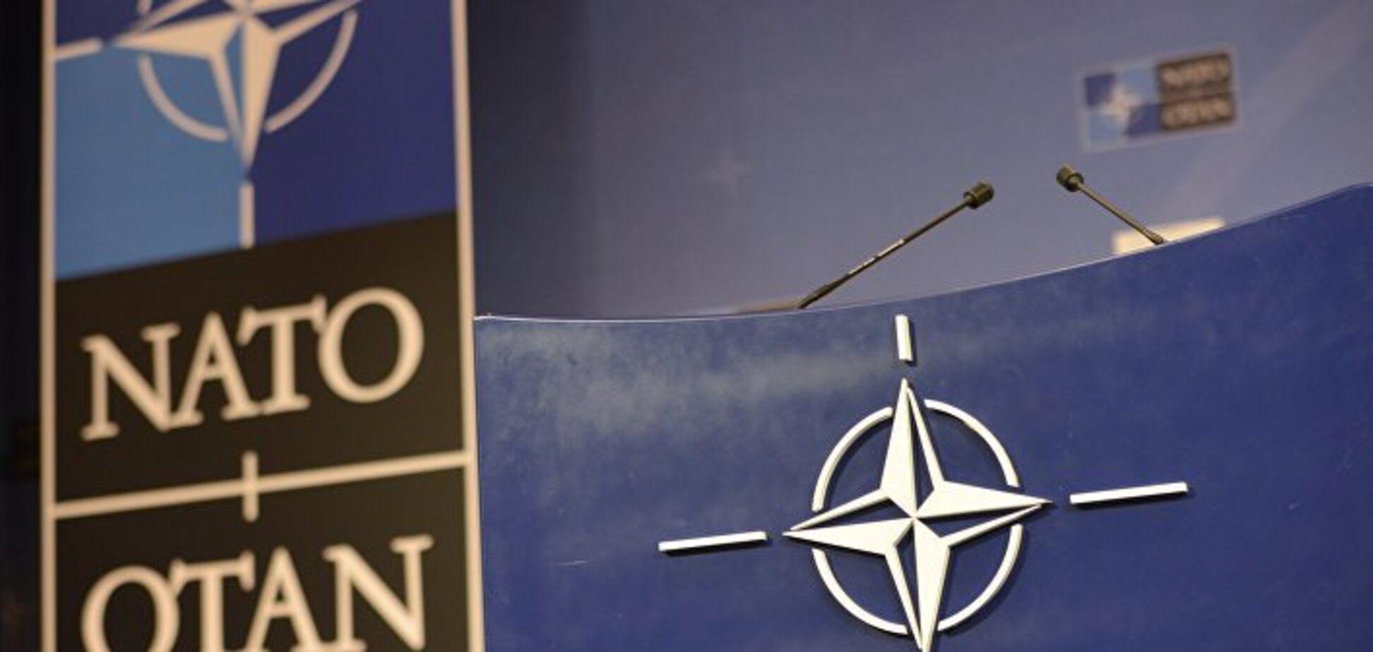 Путина никто не боится: НАТОвцы прихлопнут зеленых человечков, как мух