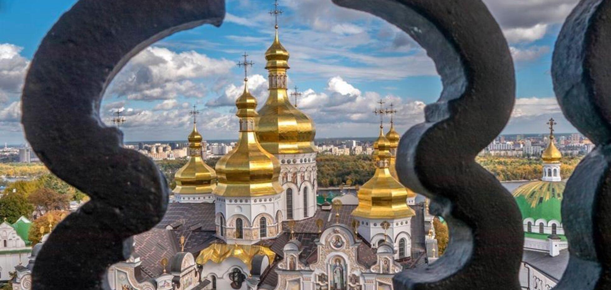 Видатні собори, церкви і храми у Києві: вражаючі фото