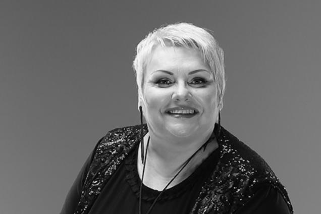 ''Не могли сдержать слез'': в Житомире попрощались с погибшей Поплавской