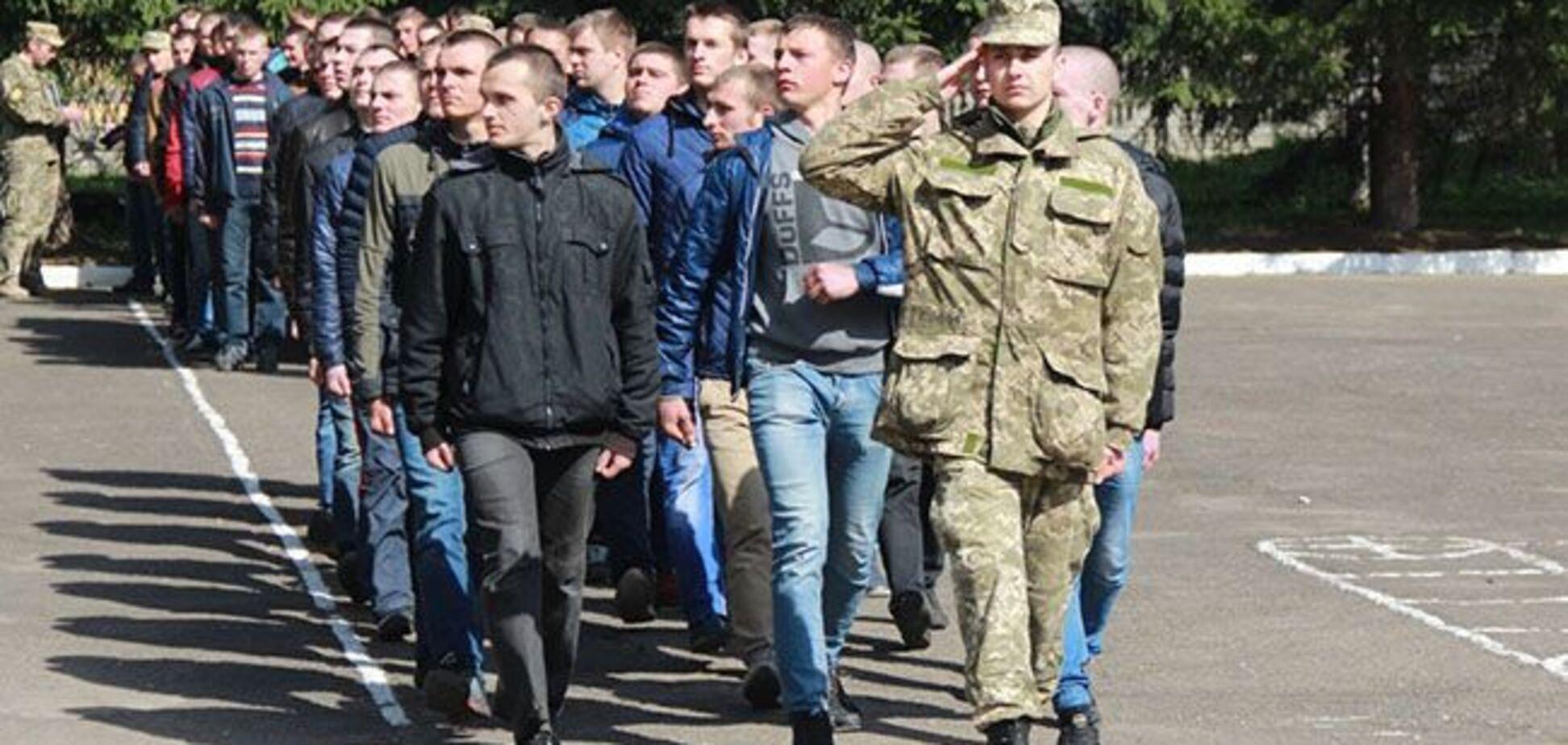 Осенний призыв в армию: появилось важное разъяснение для призывников