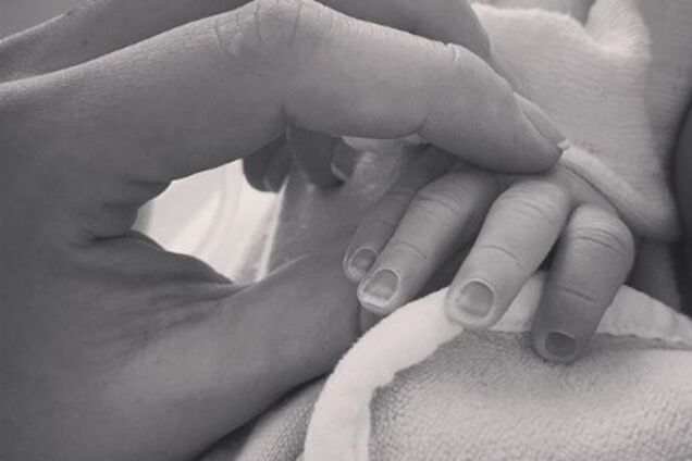 ''Пусть унаследует лучшее'': в сети появилось фото новорожденного внука Добкина