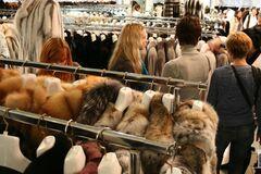 Як одягнутися до зими в Україні: де купувати і коли можна повернути товар