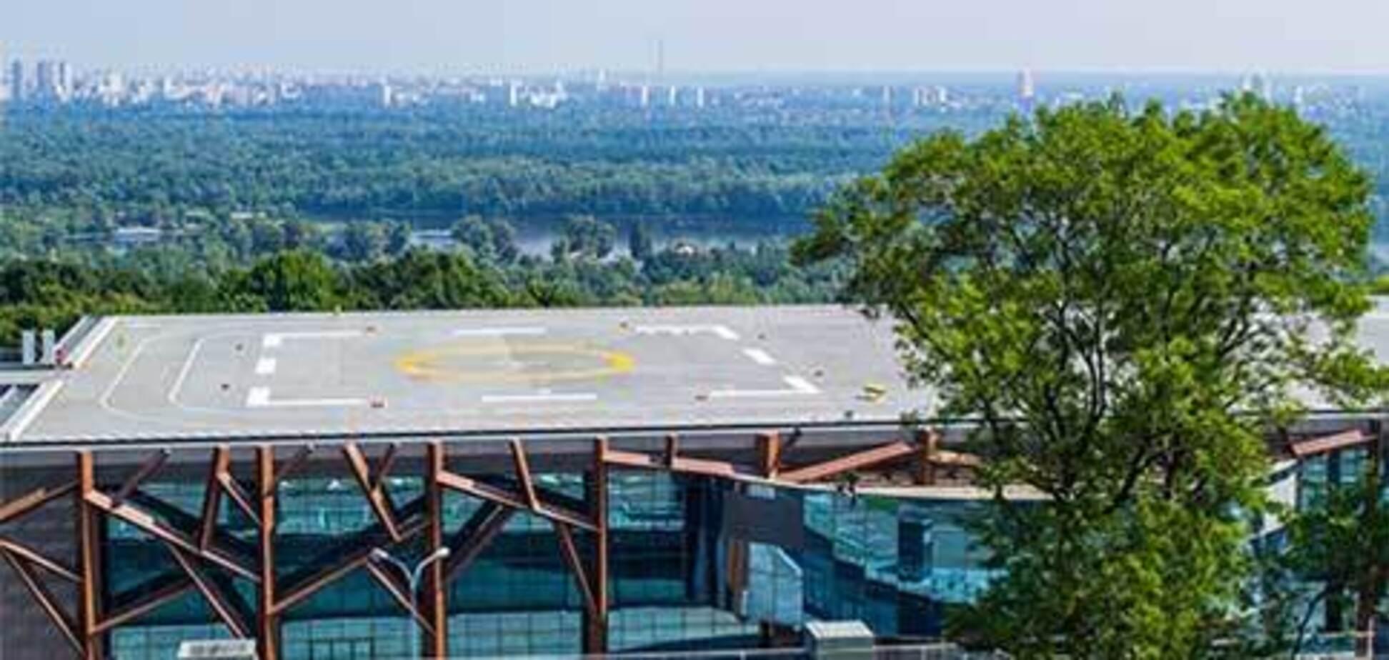 У Януковича відібрали вертолітний майданчик: подробиці