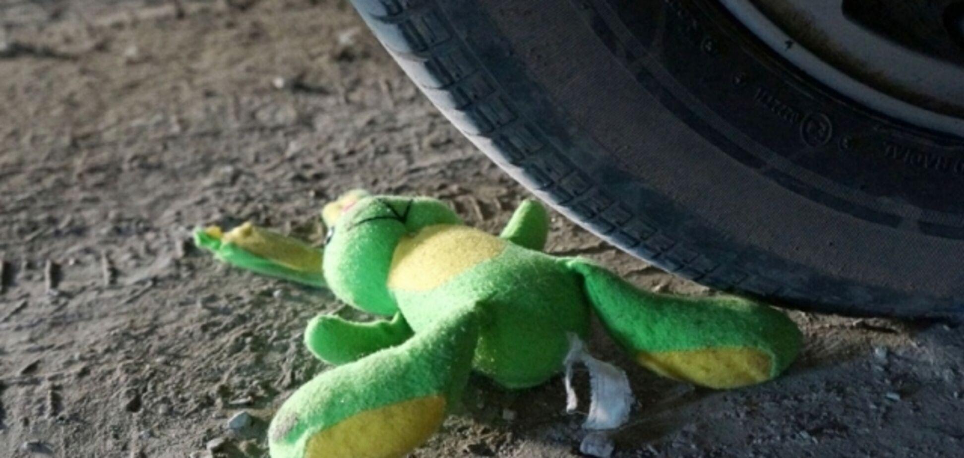 У Кременчуці молодий водій збив трьох пішоходів: фото з місця ДТП