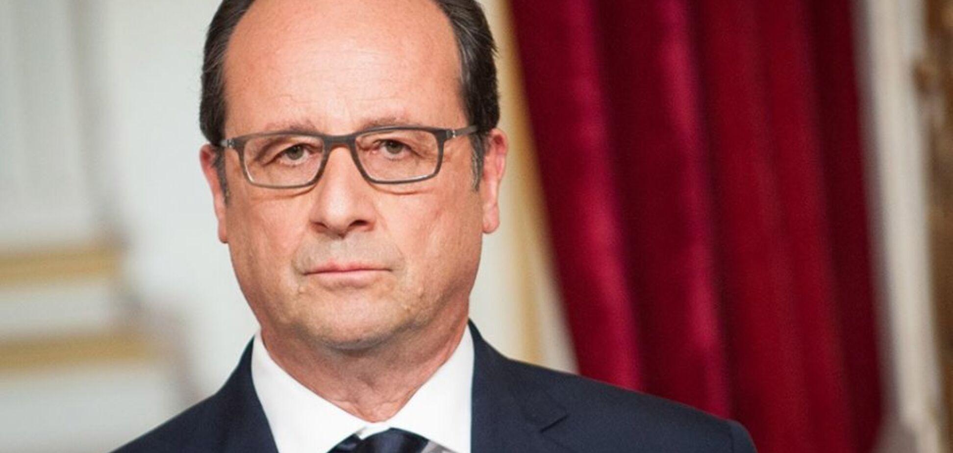Шоколадный порохобот: Олланд продался за рошенки