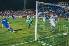 Мистика! Российский футболист отметился уникальным голом - видеофакт