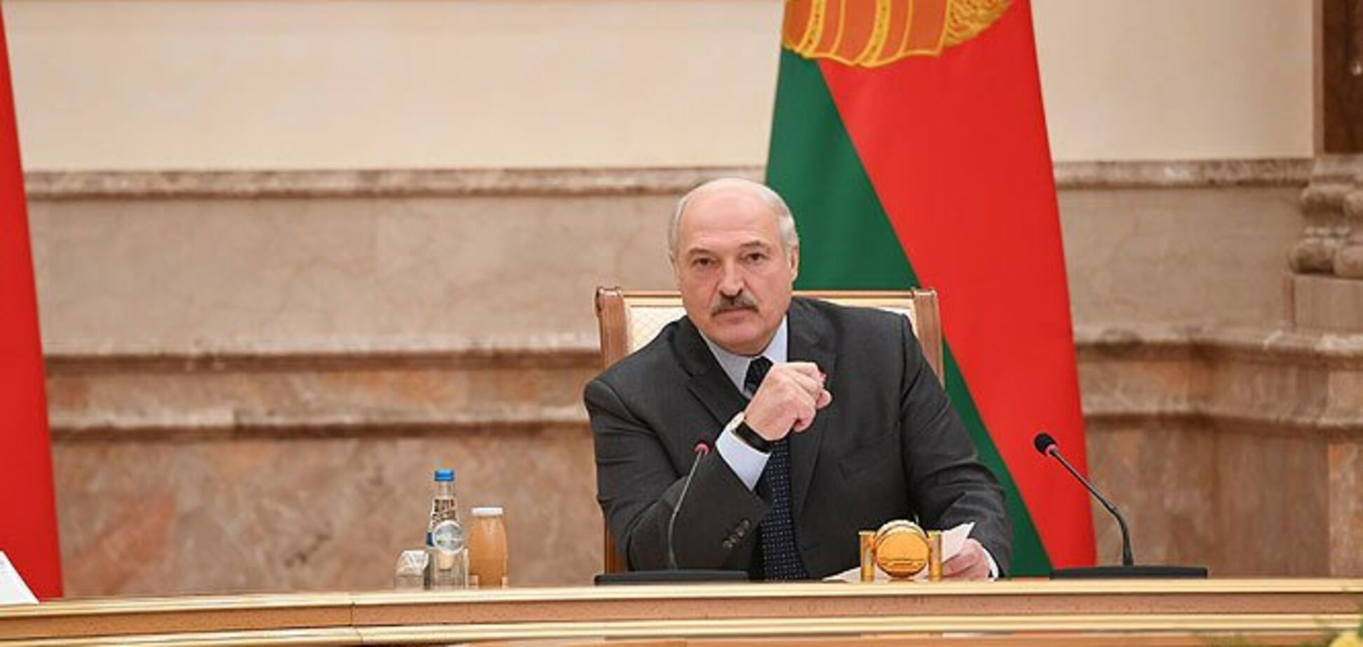 ''Конфлікт на нашій землі'': Лукашенко вписався за ''вибори'' на Донбасі
