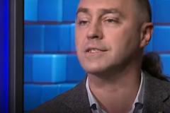 'Свободівець' у прямому ефірі процитував піонерський гімн: опубліковане відео
