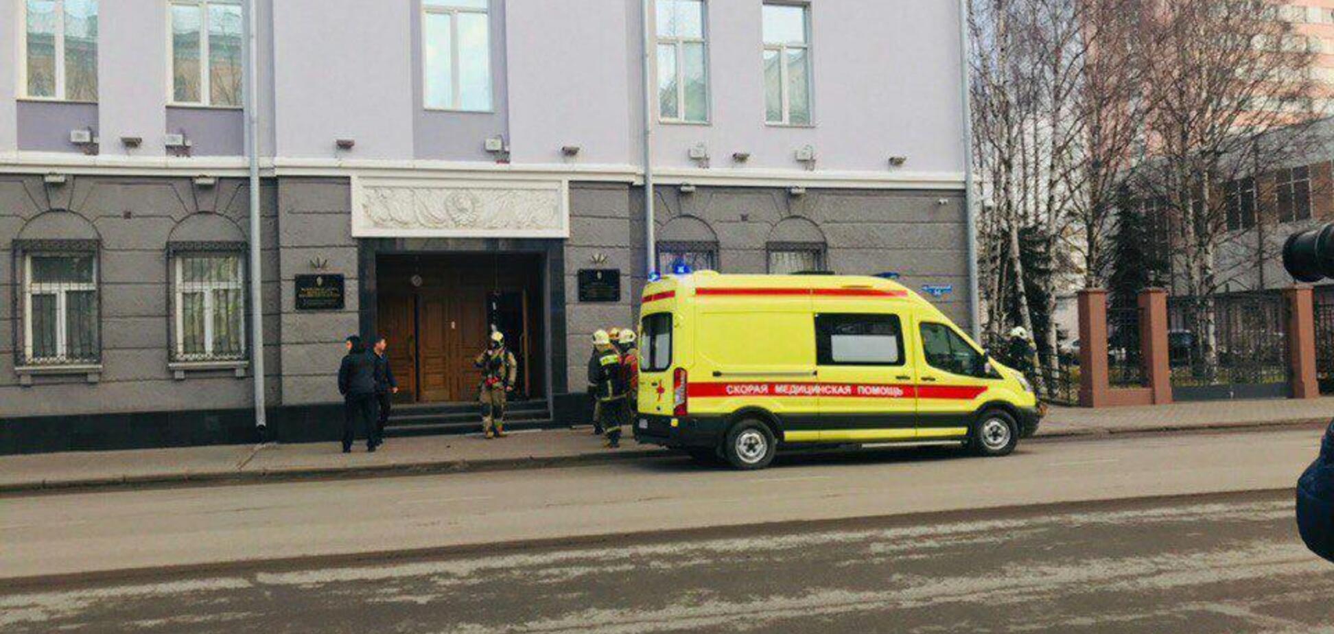 В России прогремел взрыв у здания ФСБ: есть погибший