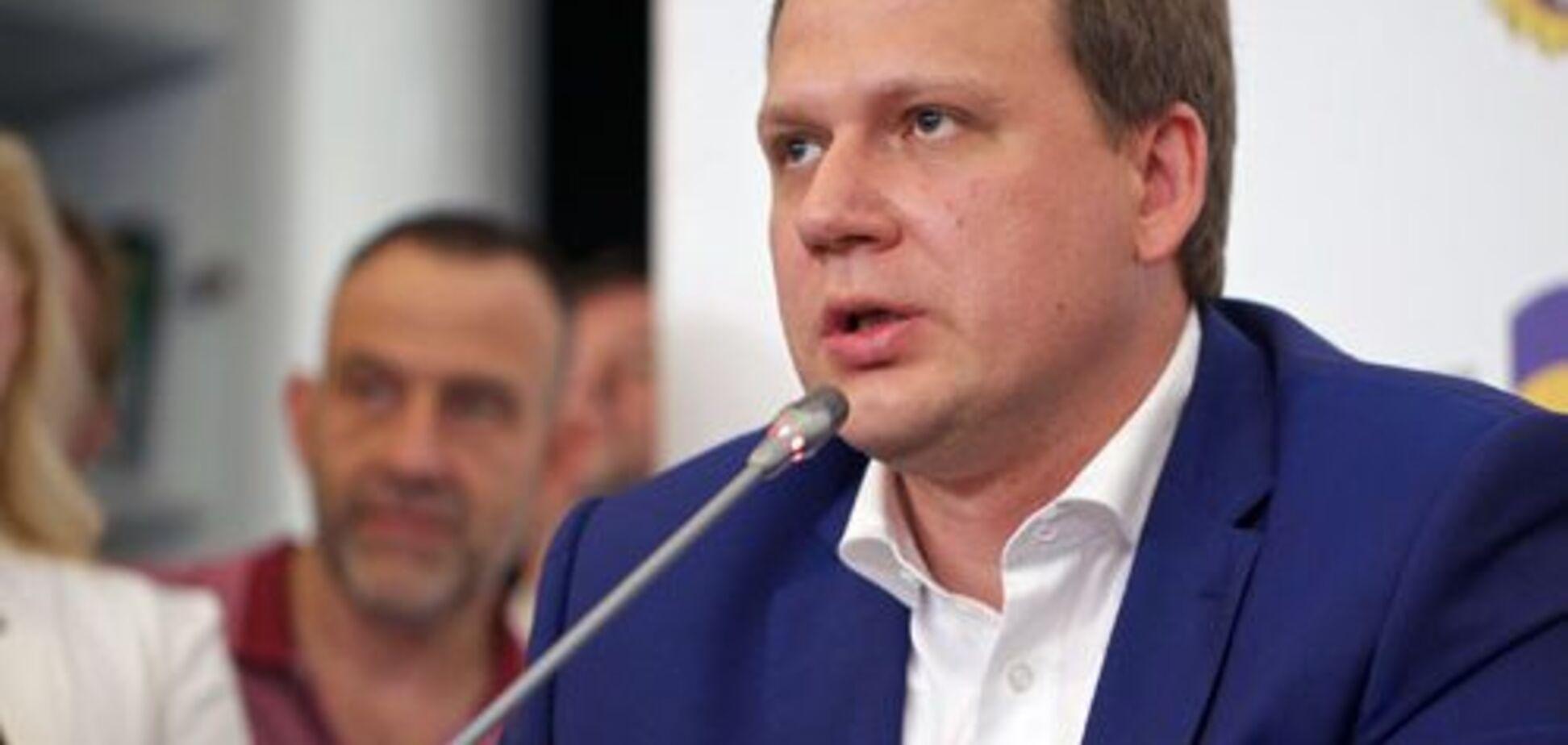 ''Говорять не галичанською'': скандальний український ведучий розсипався в компліментах окупованому Криму