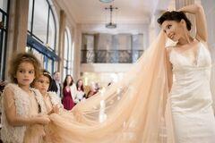 Известная украинская писательница вышла замуж: трогательные фото со свадьбы