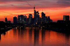 Вечерний Франкфурт-на-Майне: опубликовано яркие фото