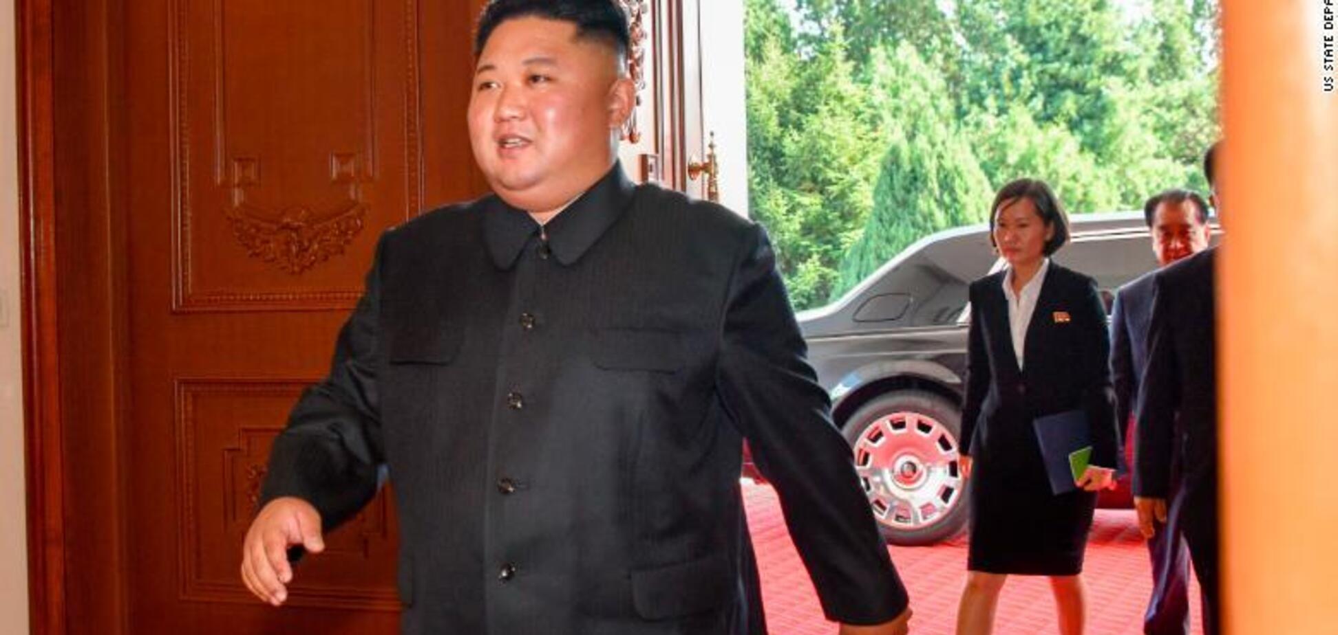 ''Пощечина'' США? Ким Чен Ына засекли на санкционном Rolls-Royce