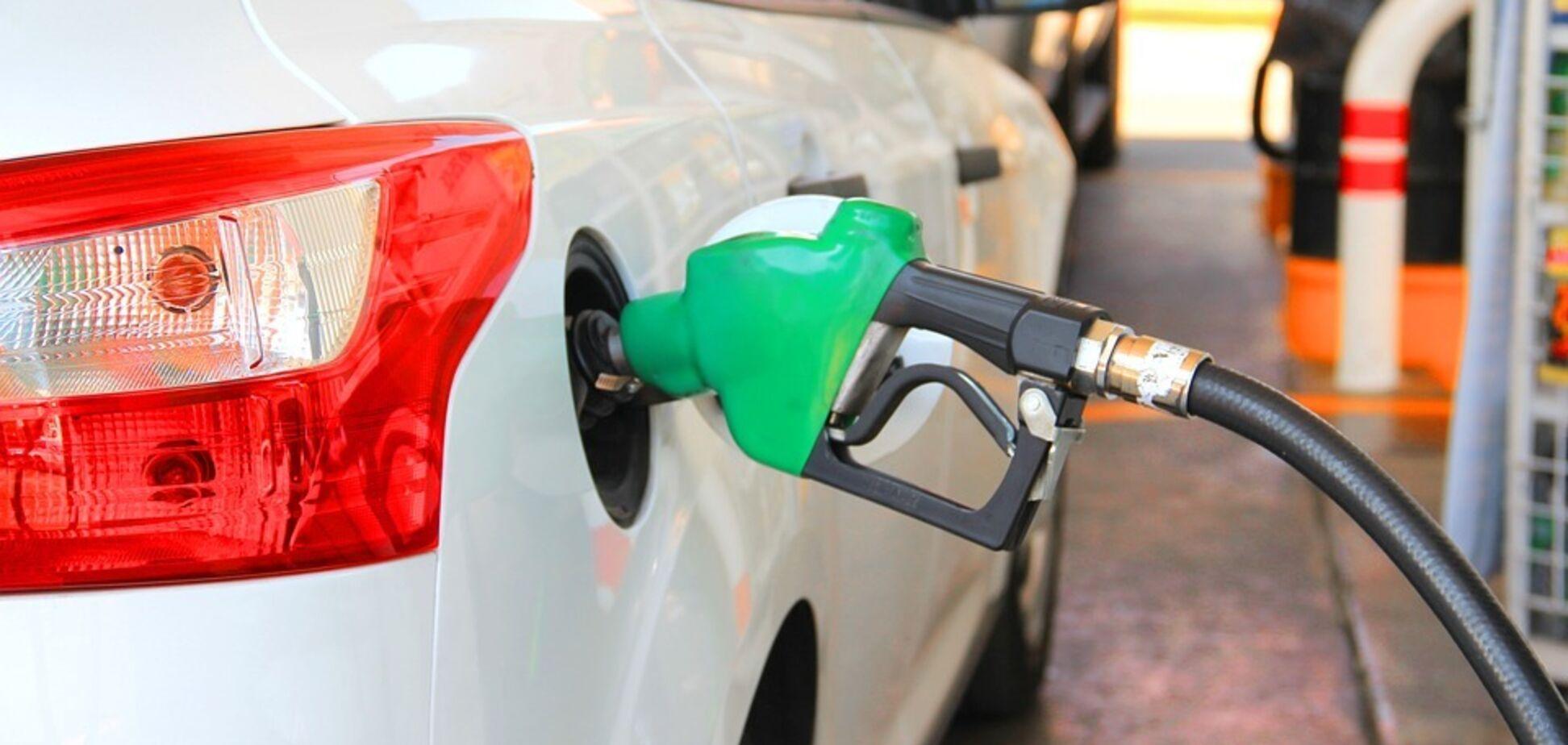 Цена на бензин в Украине взлетит на 5 гривен: озвучены сроки