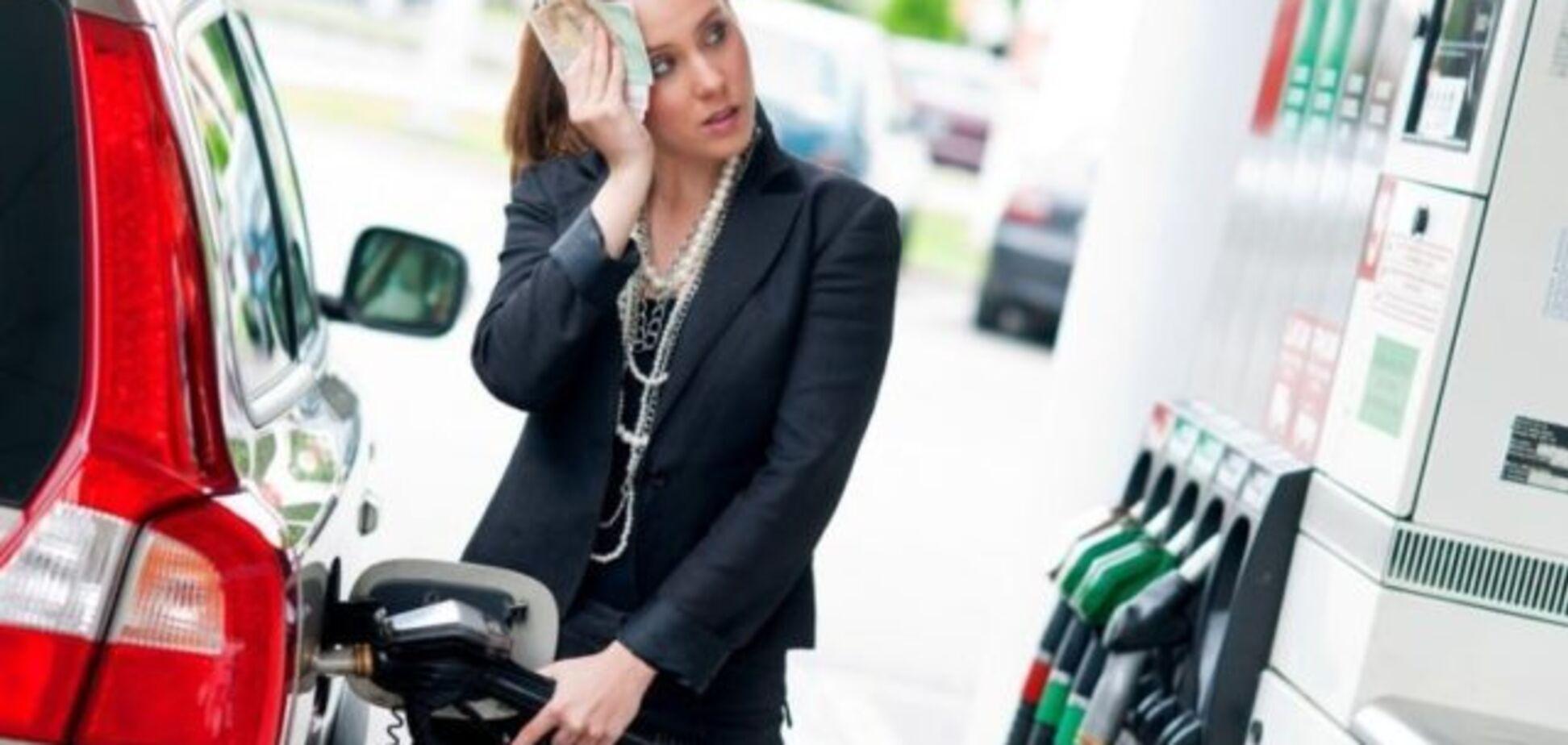 Українці купують російський бензин і ще скаржаться на його ціну