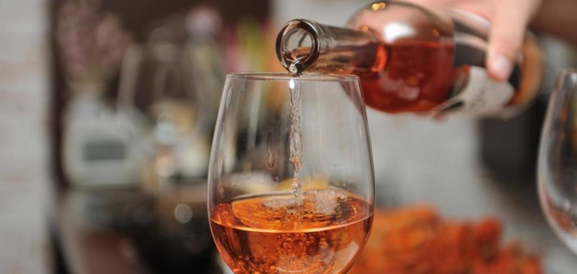 Спиртные напитки вызывают алкогольный гепатит