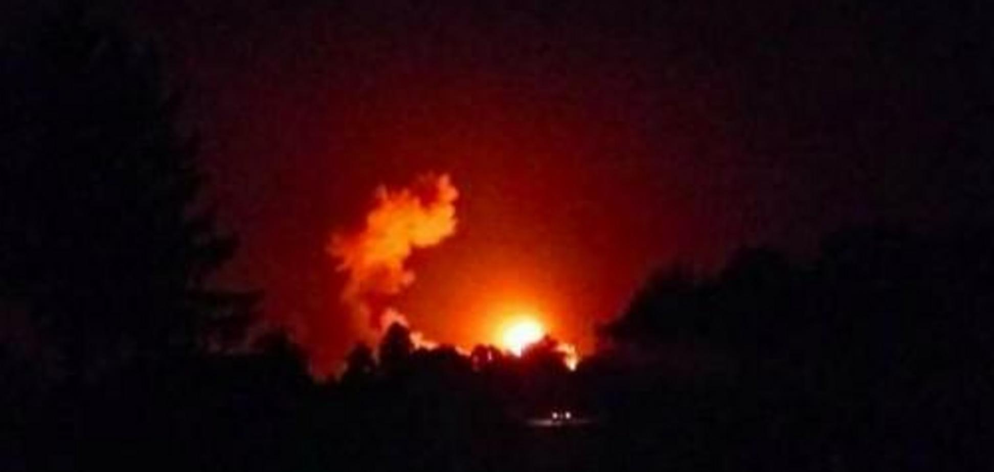 Вікна випадають: в Ічні почалася паніка через вибухи, людей евакуюють