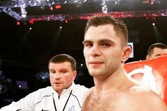 Бой знаменитого украинского боксера в андеркарте Усик - Белью завершился необычным результатом