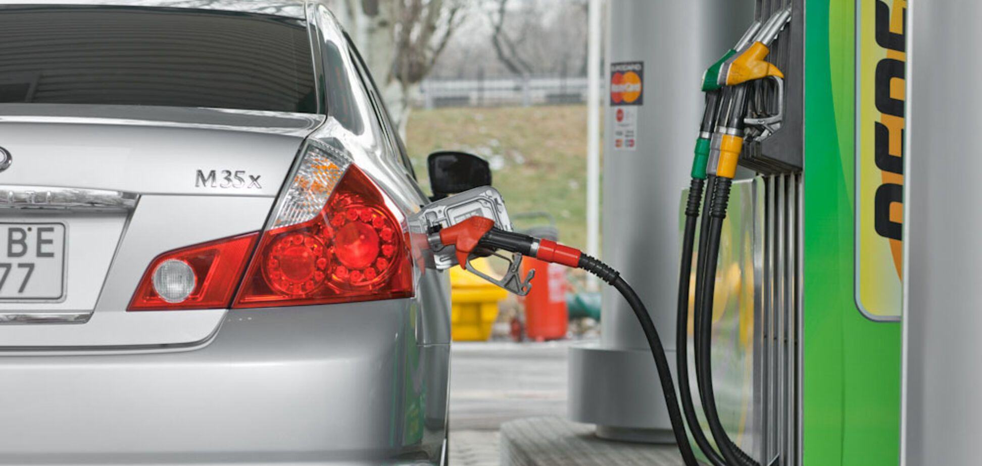 Россия прекратит поставки бензина? Озвучен прогноз по ценам в Украине