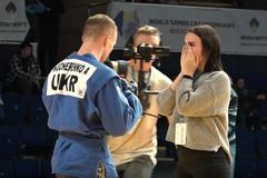 Украинец стал вице-чемпионом мира и совершил неожиданный поступок в прямом эфире