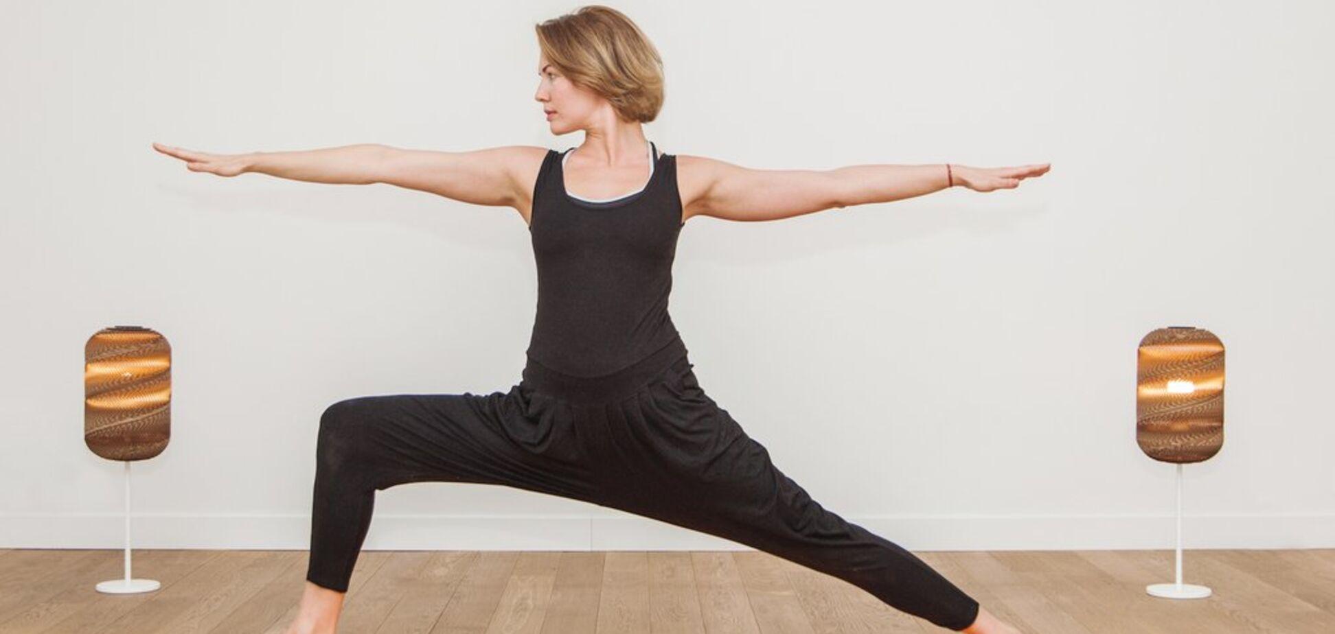 Как быстро проснуться и быть бодрым весь день: йог назвала простое упражнение
