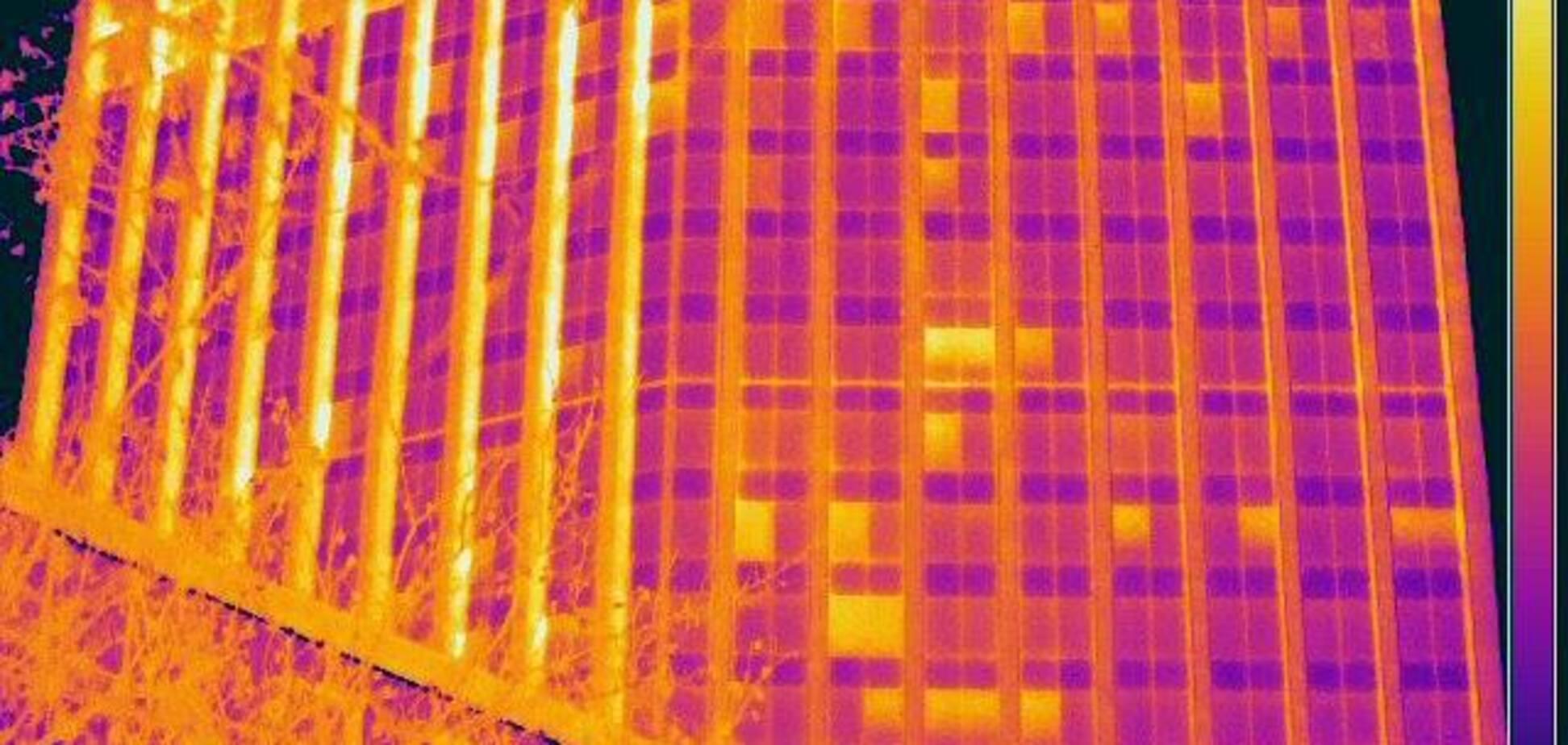 ''Окна настежь'': в Киеве наглядно показали, как госучреждения ''пускают тепло на ветер''. Опубликованы термофото