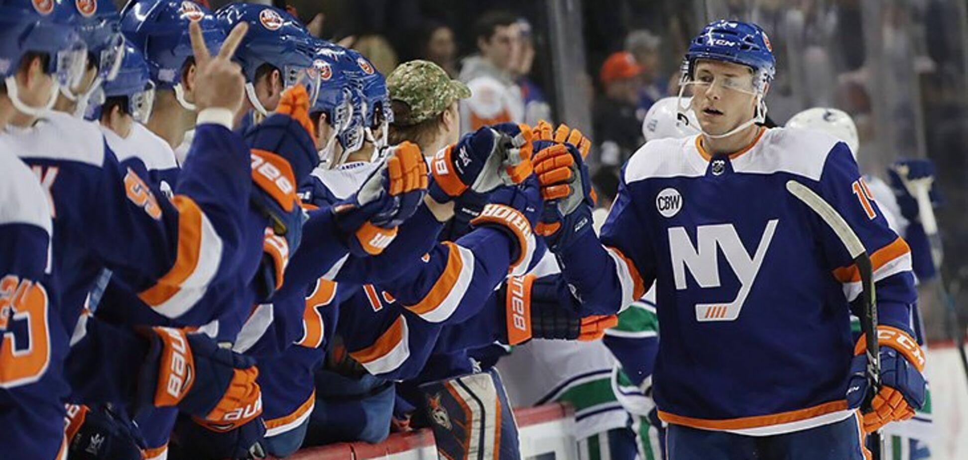 В НХЛ забили фантастический гол, повторив шедевр Овечкина