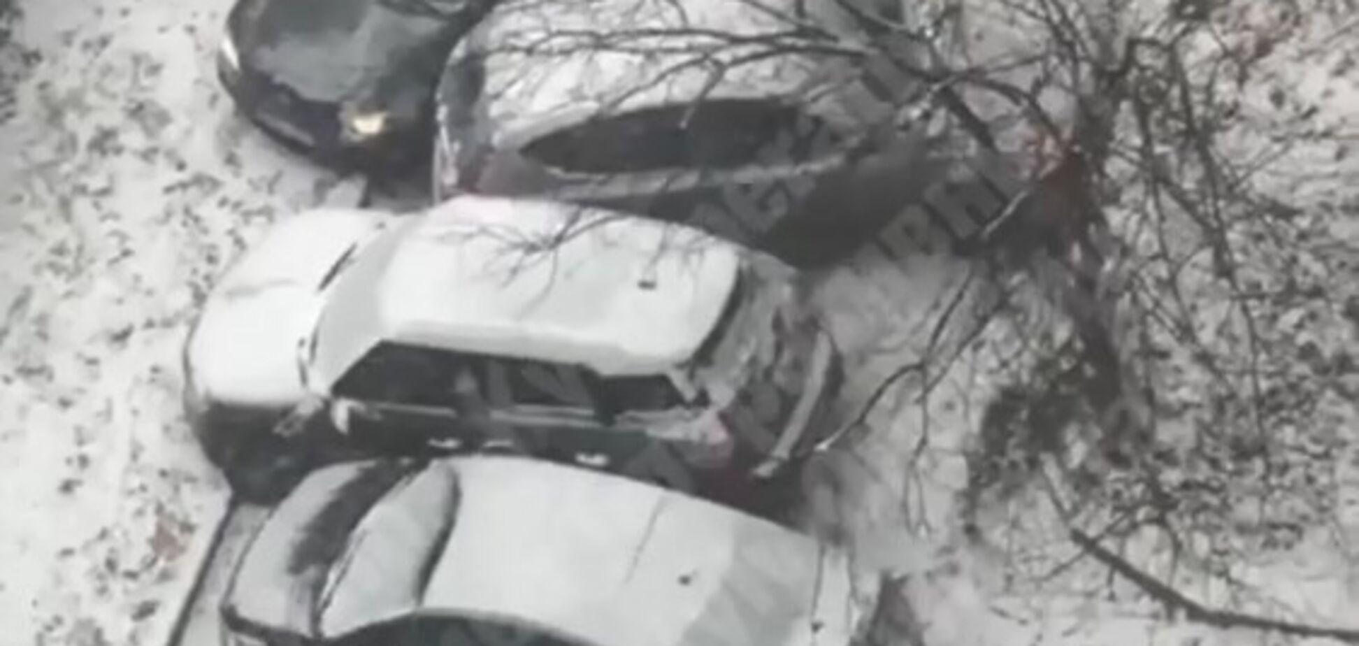 У Києві трапилася ДТП з 6 авто: момент аварії зняли на відео