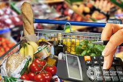 Підвищення цін неминуче: що і коли подорожчає в Україні