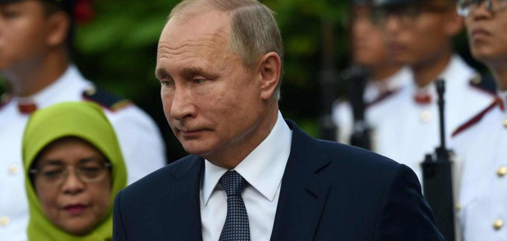 ''А царь-то голый'': сущность Путина показали в едкой карикатуре