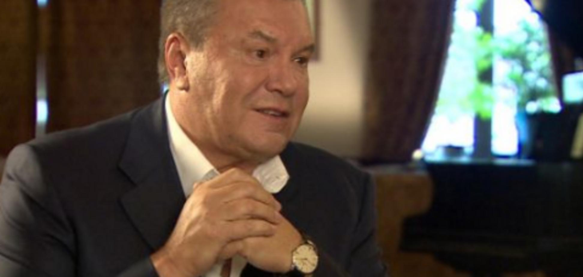 ''Не може рухатися'': адвокат підтвердив важкий стан Януковича