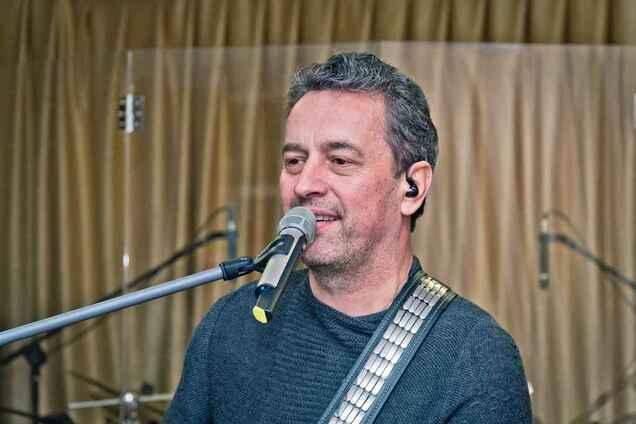 В домашней атмосфере: певец Дорош отметил юбилей своей группы