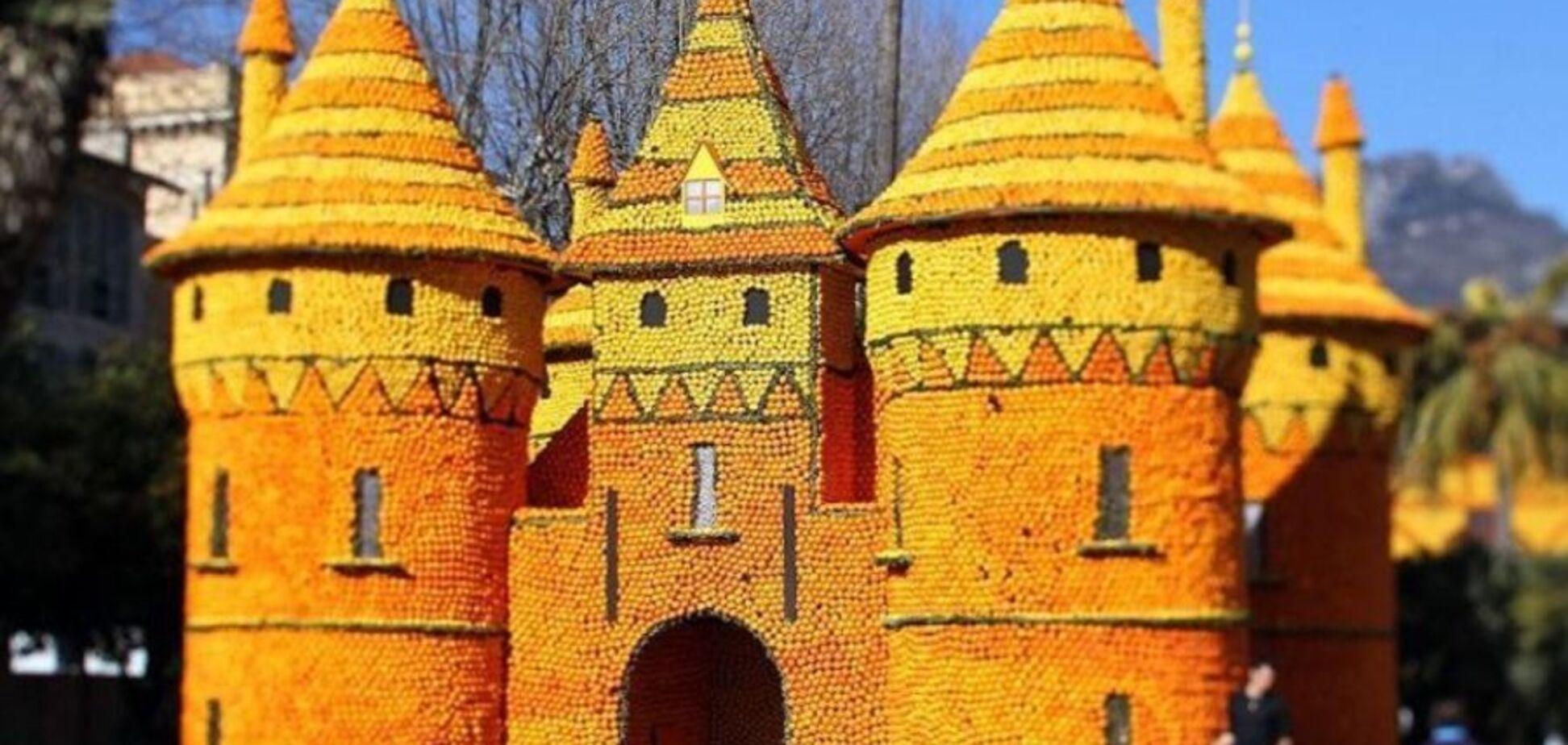 На Співочому полі побудують замки з апельсинів