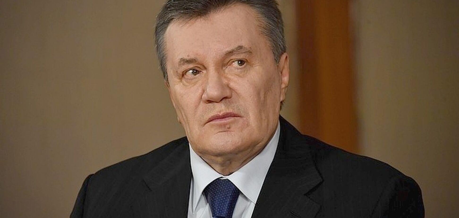 ''Не може навіть підвестися'': стало відомо, на скільки зліг Янукович