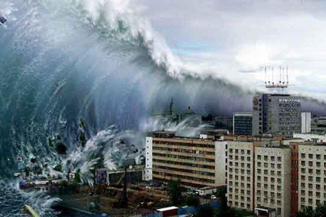 На популярный курорт Испании обрушился мощный ураган: видео