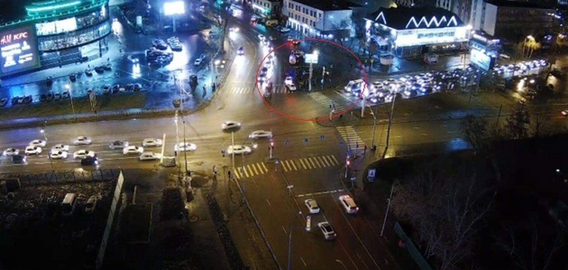 'Зайцева по-тюменськи': у Росії дівчина збила 6 людей на тротуарі. Фото з місця ДТП