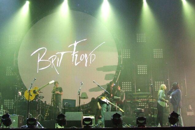 В Киев привезут самое крутое в мире шоу Pink Floyd