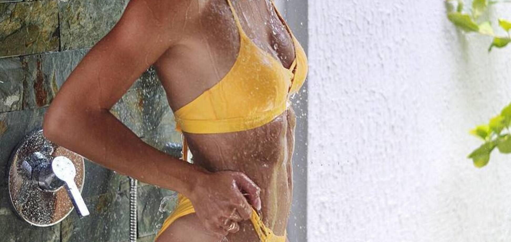 ''Ідеальна дівчина'': українська атлетка захопила мережу фото в купальнику