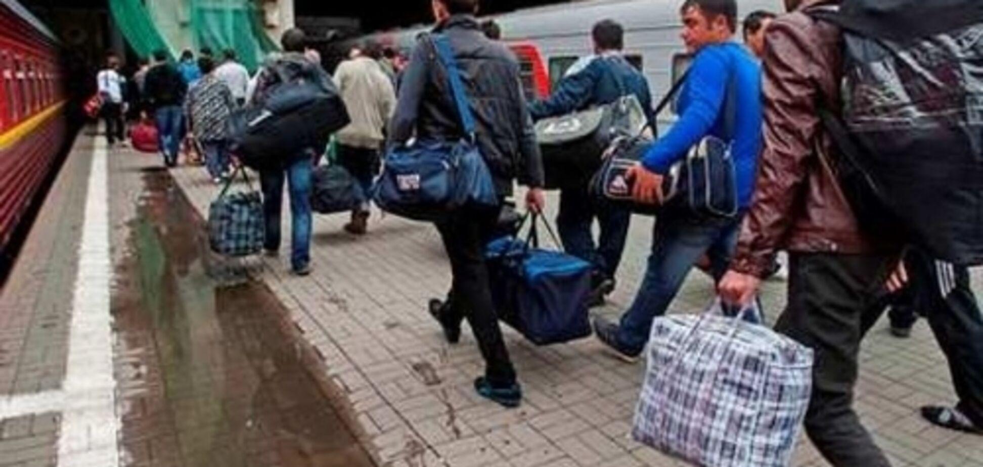 Украинских заробитчан хотят заставить декларировать доходы: чем грозит