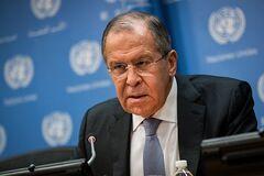 ''Никогда ничего не навязываем'': Лавров заявил о превосходстве над НАТО