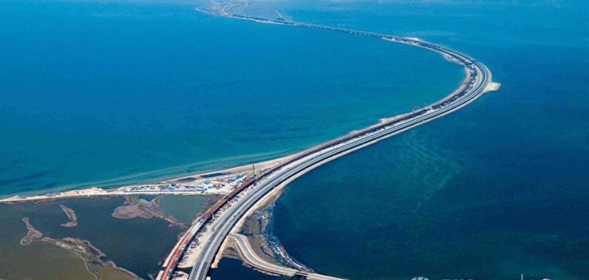 ''Крим пливе в бік Росії'': у Держдумі розлютилися через міст у Керчі, ''який поїхав''