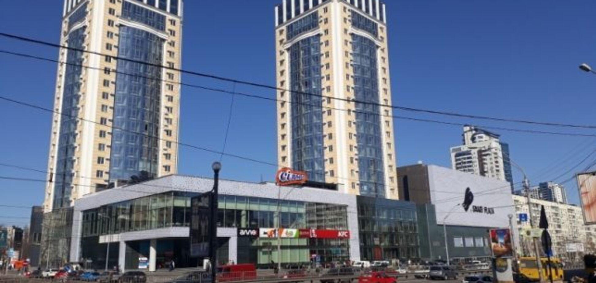 В Киеве в ТРЦ обнаружили разлагающийся труп мужчины: первые подробности