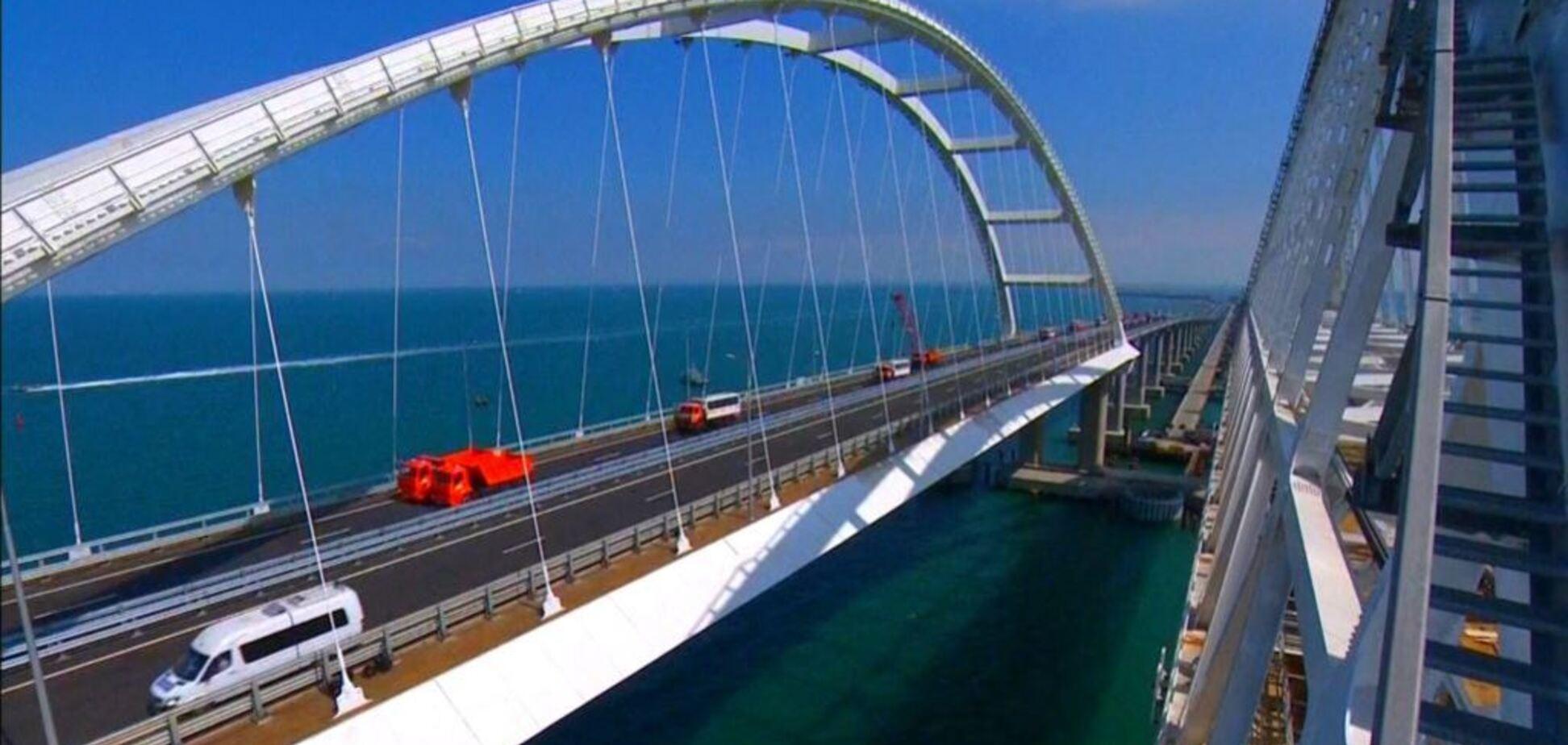 Путін атакує: названа небезпека руйнування Кримського моста для України