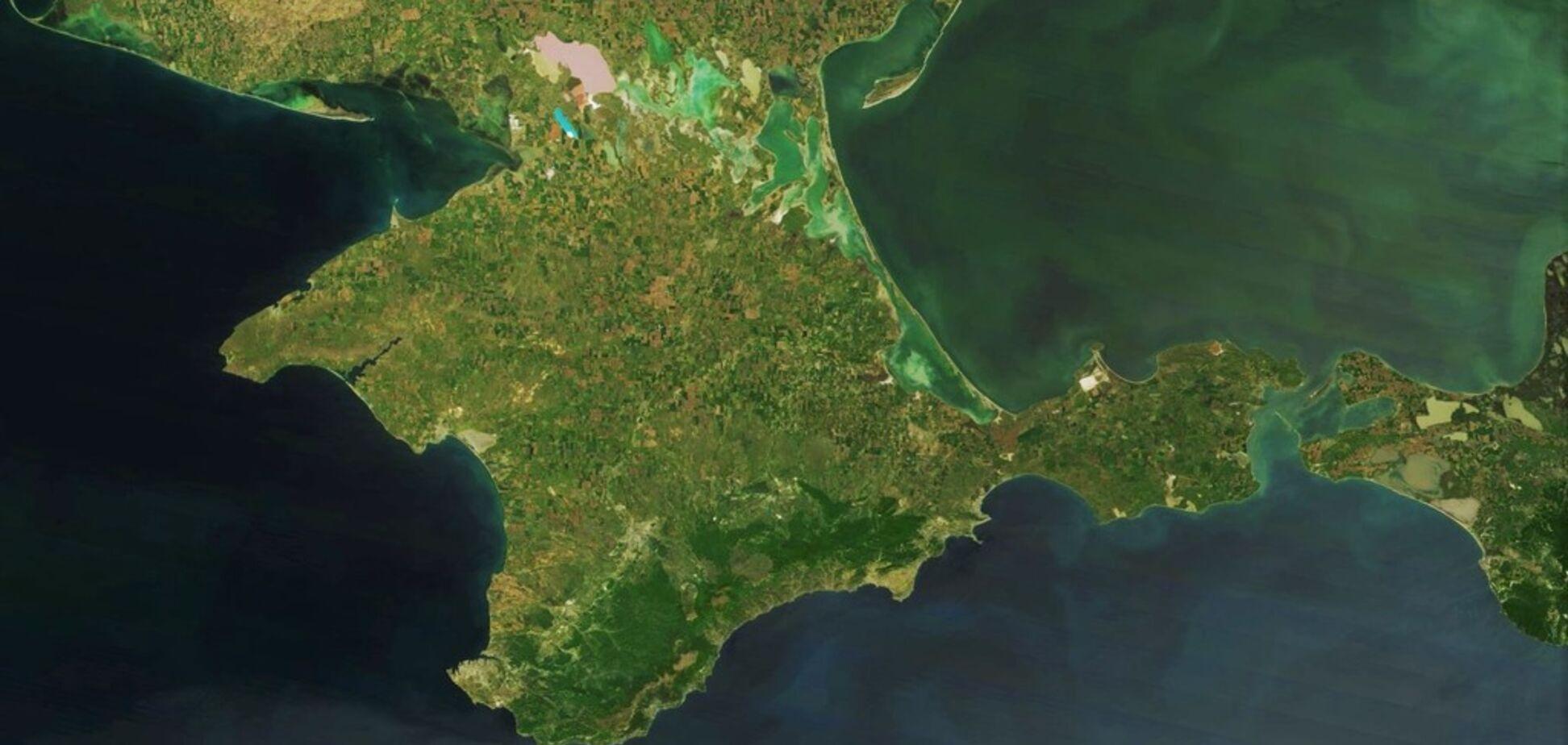 Оккупанты решили изменить границы Крыма: что происходит