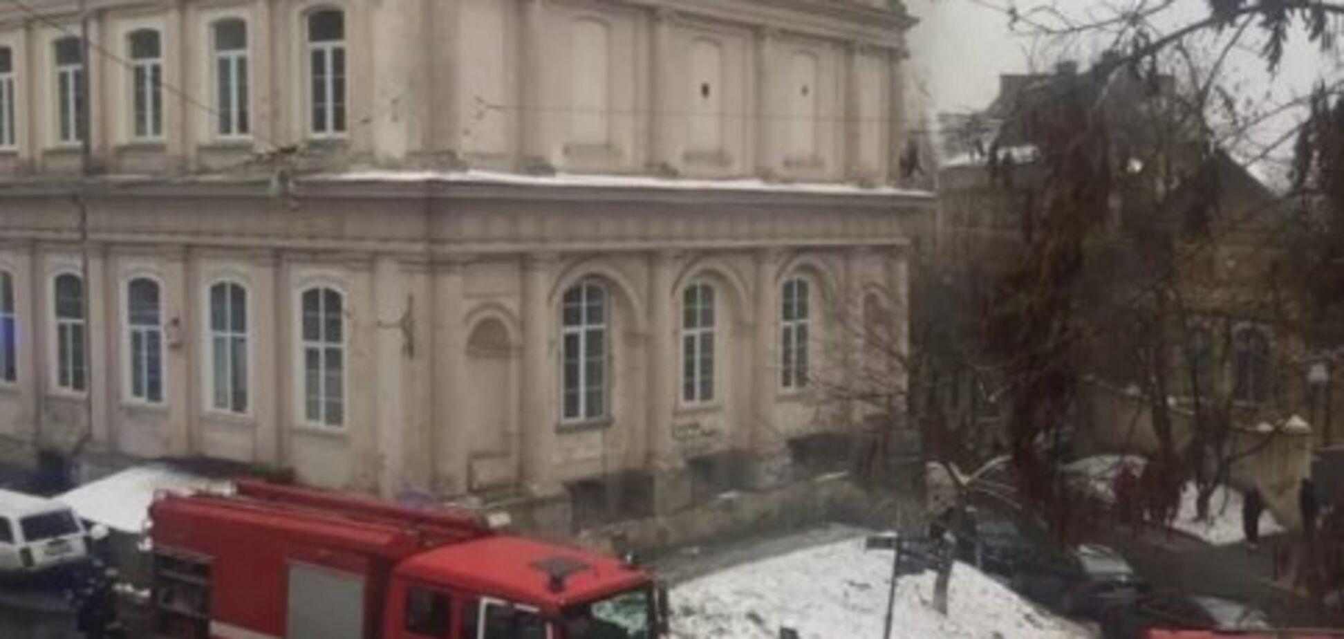 Во Львове загорелась областная больница: подробности инцидента