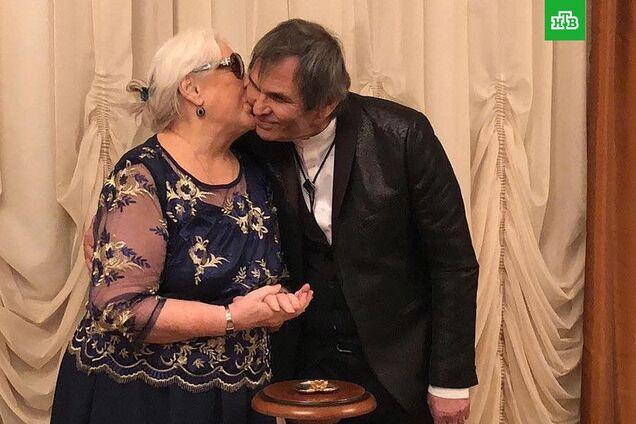 Женат 5 раз, замужем – 6 раз: Бари Алибасов взял в жены 80-летнюю Федосееву-Шукшину. Фотофакт