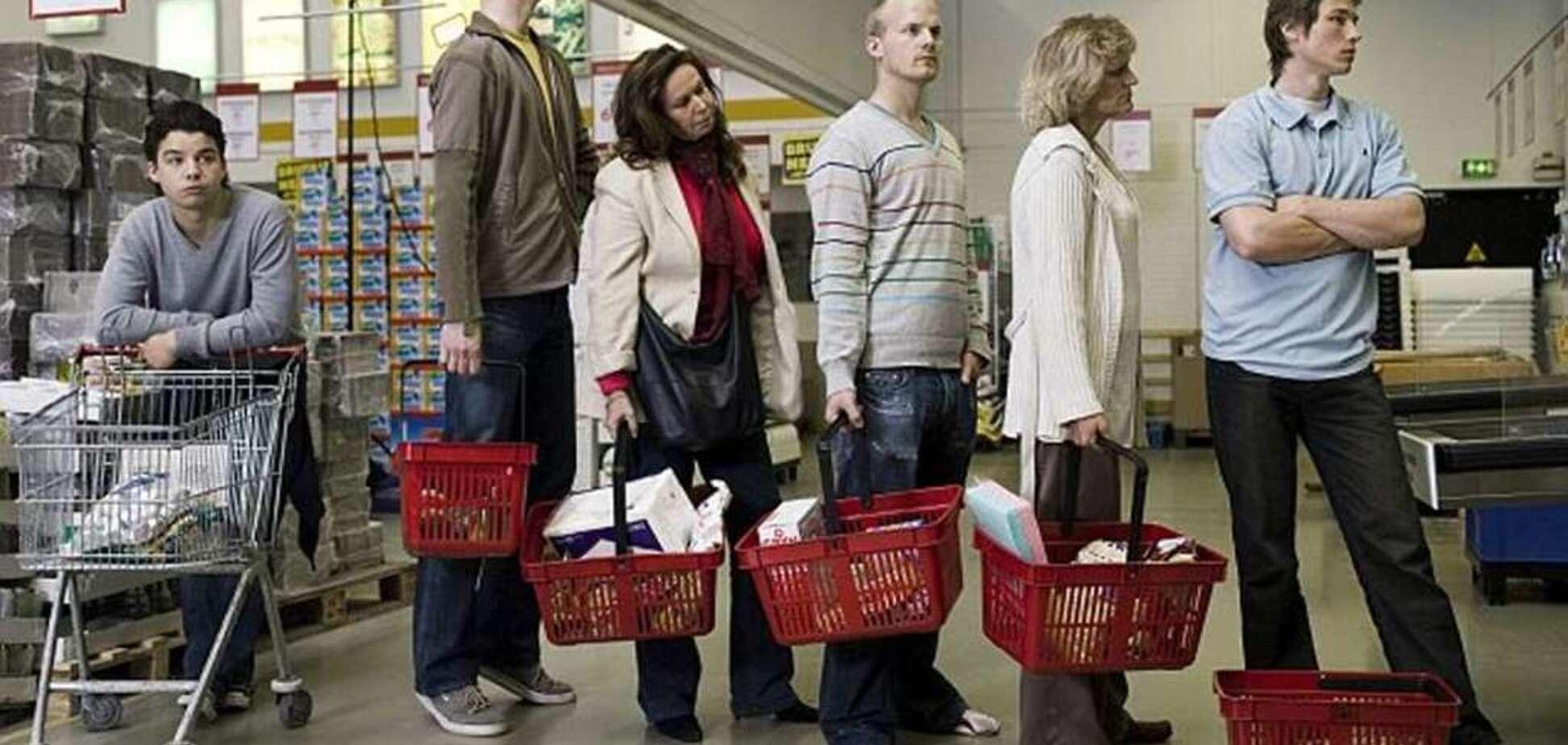 ''Бракує слів'': мережу розлютили  дивні правила відомого супермаркету в Києві