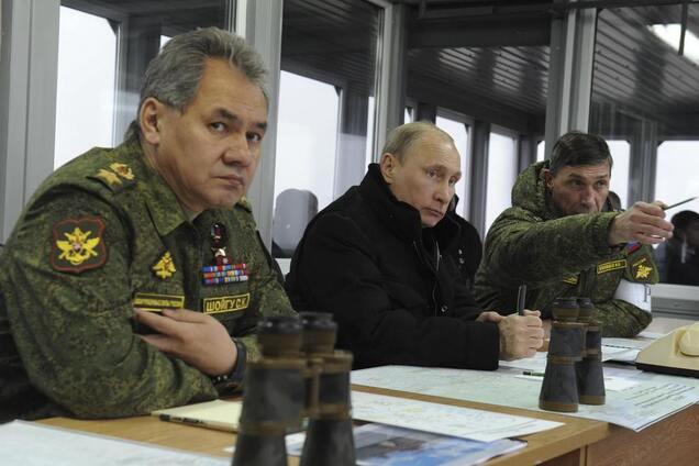 Владимир Путин и военачальники