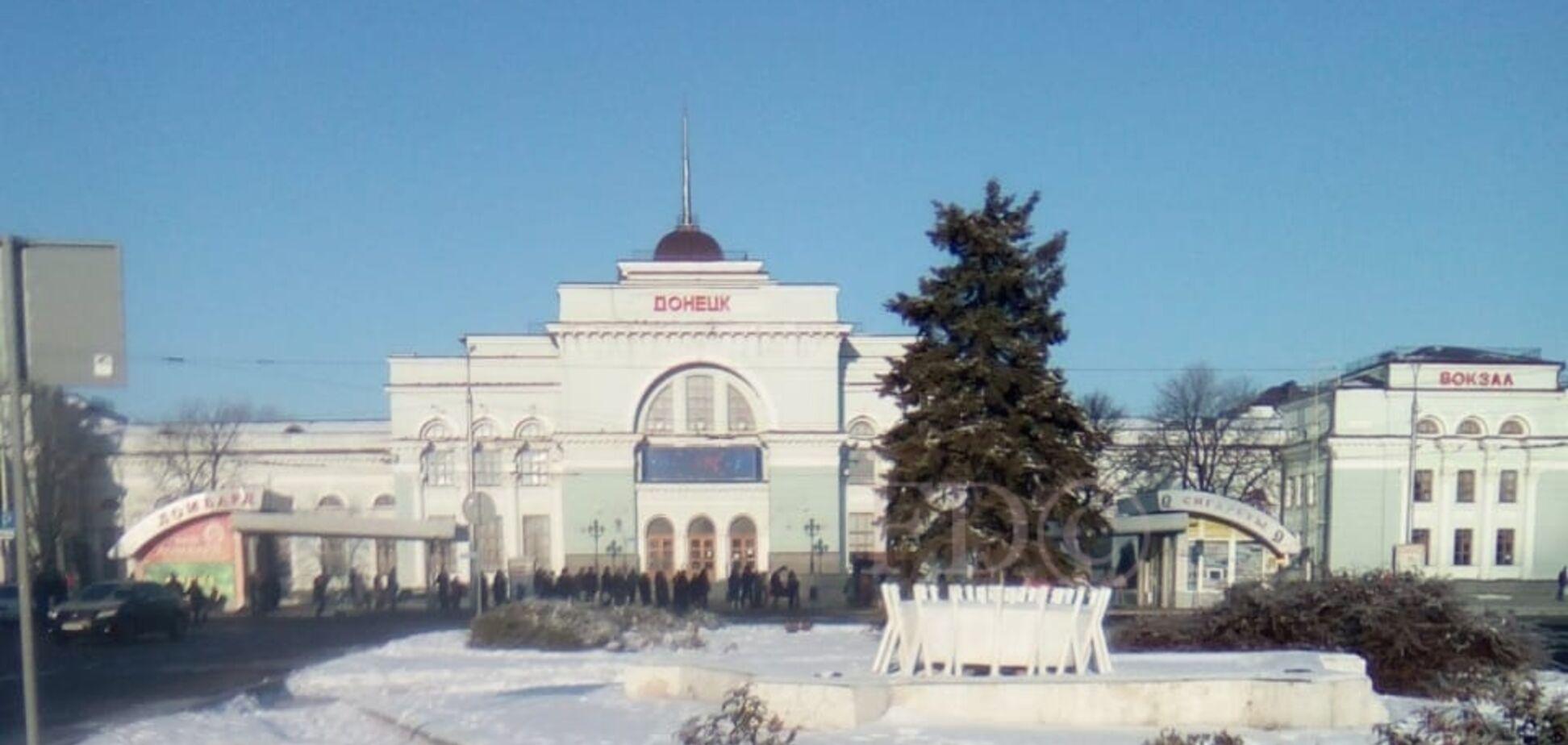 Будни хунто-папарацци в Донецке